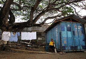 papua new guinea poverty