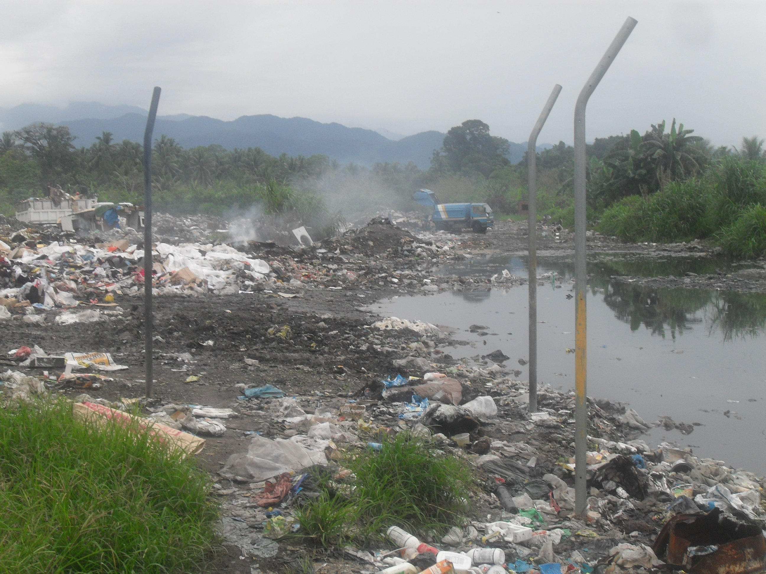 Second Seven landfill in Lae
