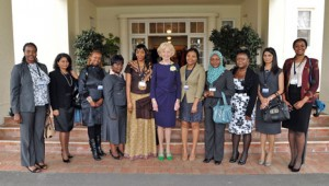 The former Governor-General Quentyn Bryce meets African women Australia Leadership Awardees