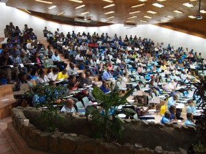 UPNG's main lecture theatre full with PNG Update participants