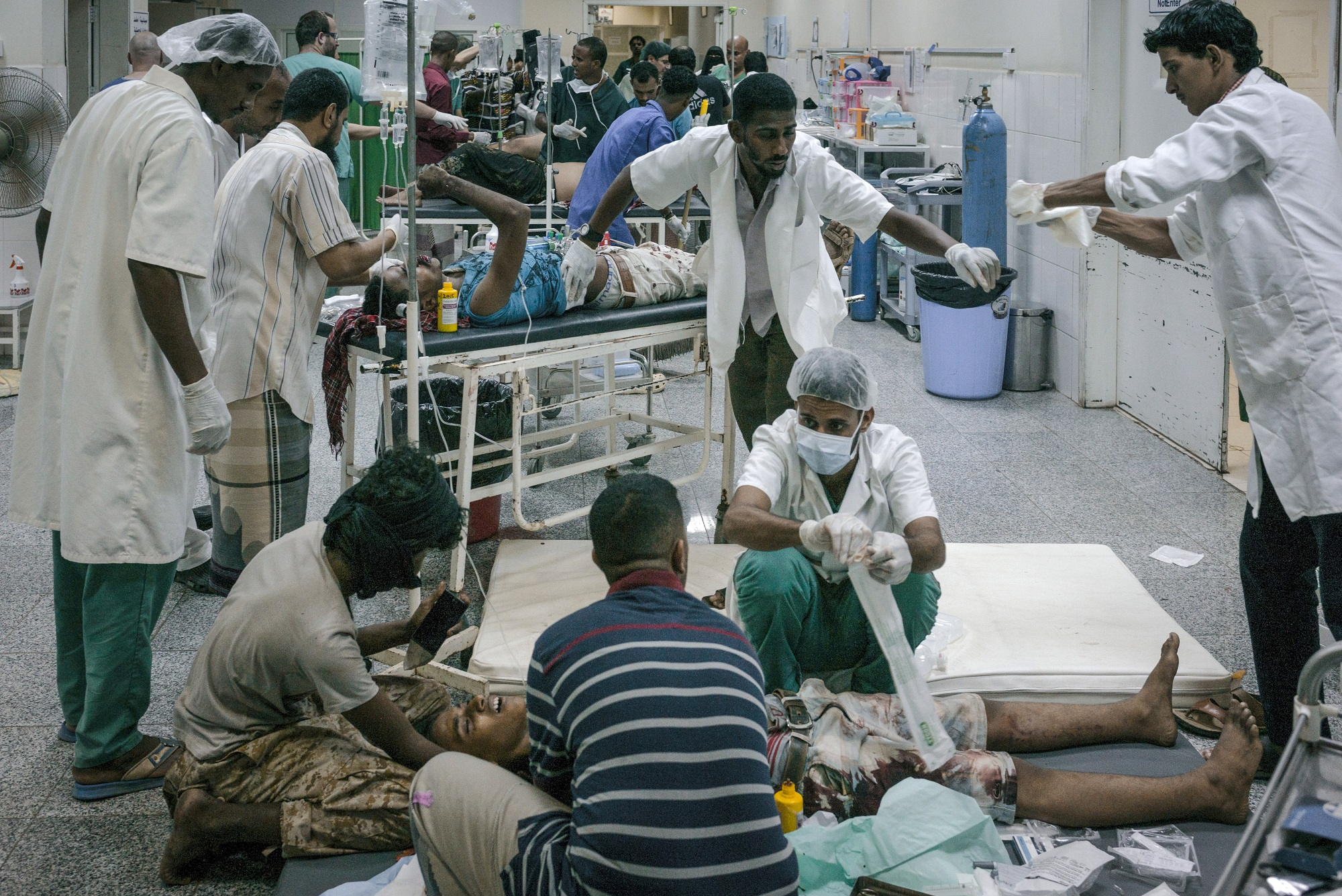 Emergency room in the Emergency Surgical Hospital in Aden, which MSF has been running since the beginning of 2015 (copyright: Guillaume Binet/MYOP)