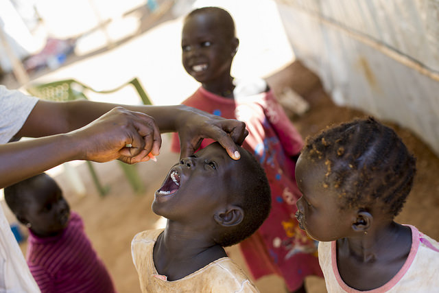 Polio vaccination in South Sudan, 2014 (Flickr/UN Photo/JC McIlwaine)