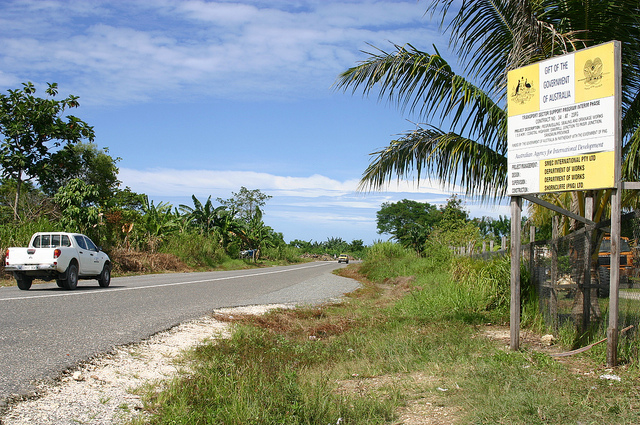 Coastal Highway, Vanimo - funded by Transport Sector Support Program (Flickr/DFAT/Jacqueline Smart Ferguson for AusAID CC BY 2.0)
