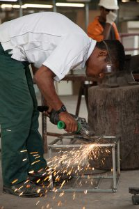 Vocational training, Hohola Youth Development Centre (Flickr/DFAT/AusAID/Ness Kerton CC BY 2.0)