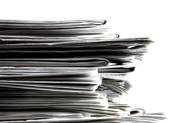 Stack of newspapers (Flickr/Jeff Eaton CC BY-SA 2.0)