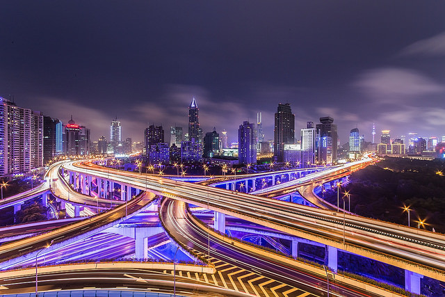 Yanan Road, Shanghai (Flickr/dove lee CC BY-NC-ND 2.0)