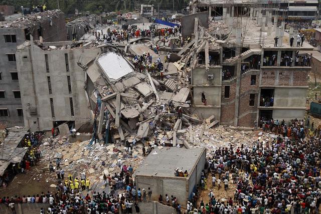Dhaka Savar building collapse (Flickr/rijans CC BY-NC 2.0)