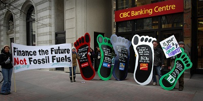 Financing climate change (Flickr/ItzaFineDay CC BY 2.0)