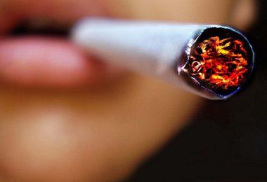 Cigarette (flickr.com/volver-avanzar CC BY-NC-ND 2.0)