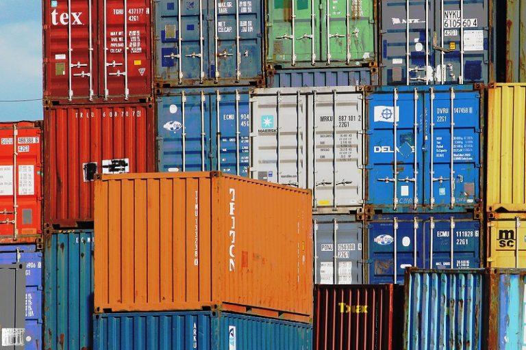 Shipping terminal (jan buchholtz/Flickr CC BY-NC-ND 2.0)