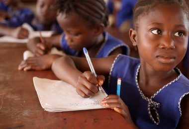 Girl writing in a school in Sierra Leone (GPE/Stephan Bachenheimer CC BY-NC-ND 2.0)