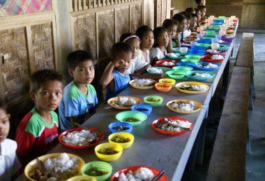 Dining room in a school, Isla de Basilan, Mindanao (Javier Marmol/CIDSE/Flickr CC-BY 2.0)