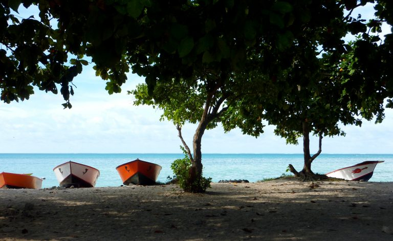 Fishing boats, Kiribati (Brooke Campbell/Flickr CC by NC-ND-2.0)