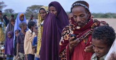 Waiting to register at Ifo refugee camp, Dadaab, Kenya (Internews Europe/Flickr CC BY-NC-ND 2.0)