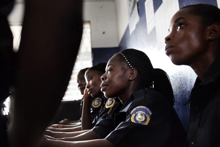 Women police officers in Liberia (UNFPA/Flickr/CC BY-NC-ND 2.0)