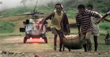 Delivering food aid to PNG, 1997 (DFAT/Flickr/CC BY 2.0)
