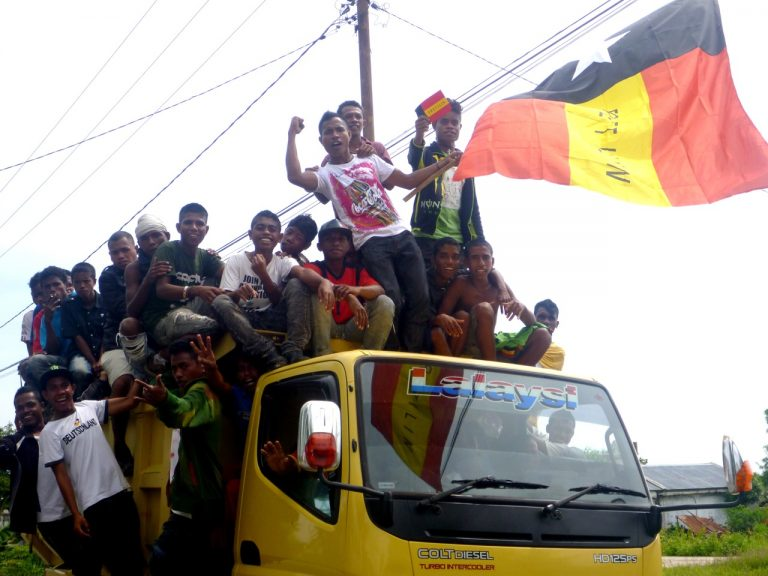 Youth getting energised for an election rally in East Timor (Kate Dixon/Flickr/CC BY 2.0)