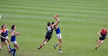 An AFL game (Jimmy Harris/Flickr/CC BY 2.0)