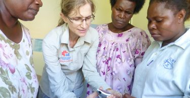Dr Merrilee Frankish and PNG colleagues (Credit: Australian Doctors International)