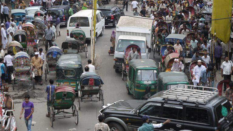 Traffic in Dhaka (jjimm2010/Flickr/CC BY-NC-ND 2.0)