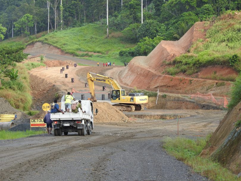 Rehabilitation of the Hiritano Highway, Gulf Province, PNG, 2016 (Credit: Matthew Dornan)