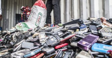 Collecting scrap phones (Fairphone/Flickr/CC BY-NC 2.0)