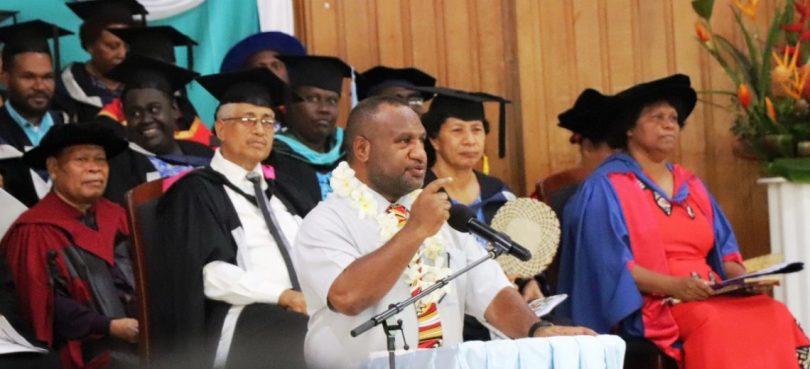 Prime Minister Marape addresses graduates at the Pacific Adventist University, December 2019 (Credit: PMNEC)