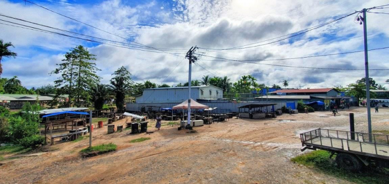 Market place at Kiunga, 24 March 2020, after Covid-19 'awareness' by police (Credit: Senior Shintaro Dumo)