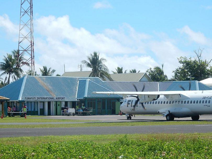 Funafuti airport, Tuvalu (Michael Coghlan/Flickr CC BY-SA 2.0)