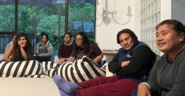 RSE workers from Kiribati discuss work issues
