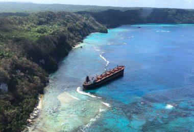 MV Solomon Trader grounded in East Rennell (Australian High Commission)