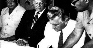 "PM Hawke signing the South Pacific Nuclear Free Zone Treaty (""Rarotonga Treaty"")"