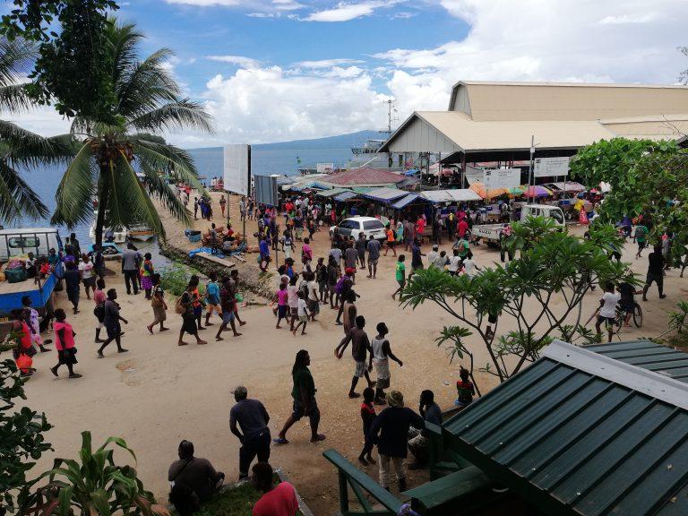 2019 election crowd in Gizo, Solomon Islands (Zelda Hilly)